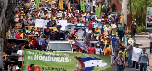 "A Two Sided Story – Mine-Affected Communities tell their Stories of Destruction and Death outside Honduras' ""First International Mining Congress"""